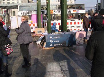 Demo gegen sexuelle Ausbeutung von Tieren